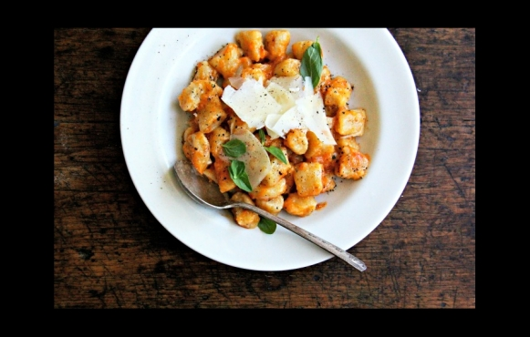 This rich Tomato Sauce recipe provides a bright and lively counterpoint to the simple Gnocchi.